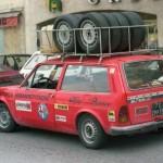 Rallye de Monte-Carlo 1983... Un Alpha Sud Jardinetta qui fait l'ASSISTANCE à l'Alfetta GTV 6 d'Yvorra - Pailhes